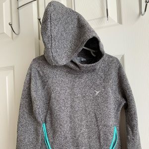 Old navy gray hooded sweater. Size xs (5) girls